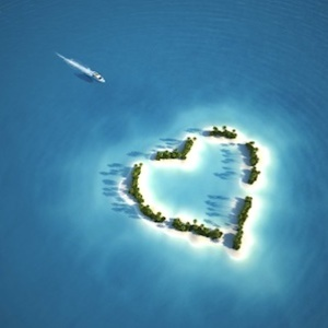 123 boat and heart-shaped island: romantic holidays