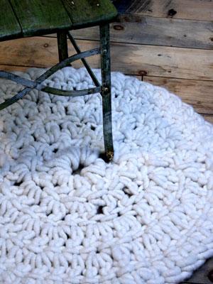 Crochet A Round Rug Free Crochet Pattern Allaboutyou