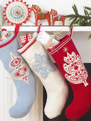 Sew embroidered Christmas stockings :: Free Christmas sewing pattern ...